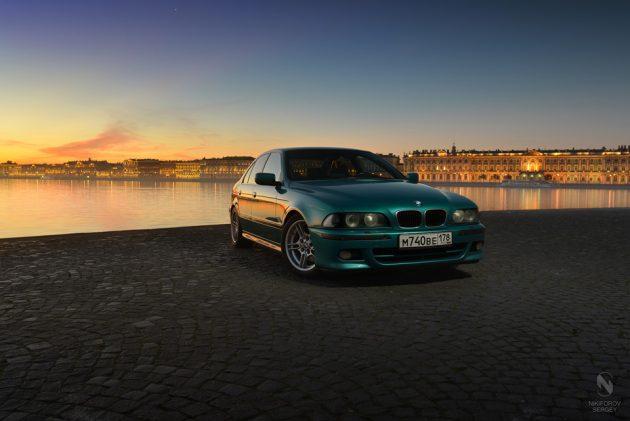 BMW 5 series взял тут drive2.ru/r/bmw/288230376152080930/