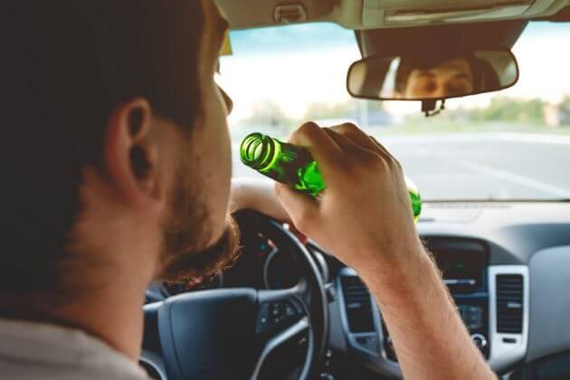 Наказание в виде лишения прав применяется только к водителю, управляющему ТС в нетрезвом виде